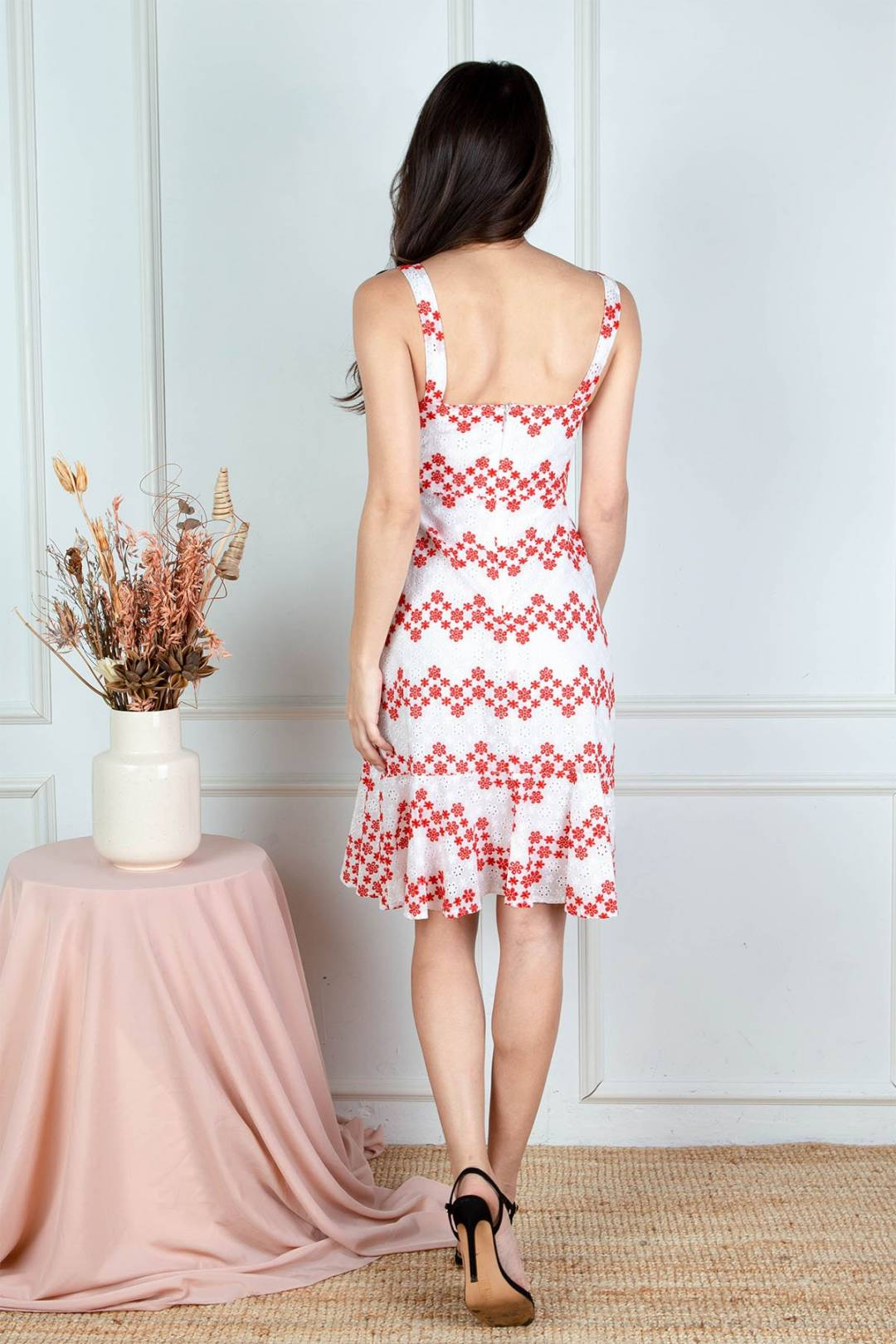 Yan Embroidered Eyelet Dress (Red)