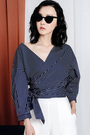 NATHALIE STRIPED TOP IN NAVY