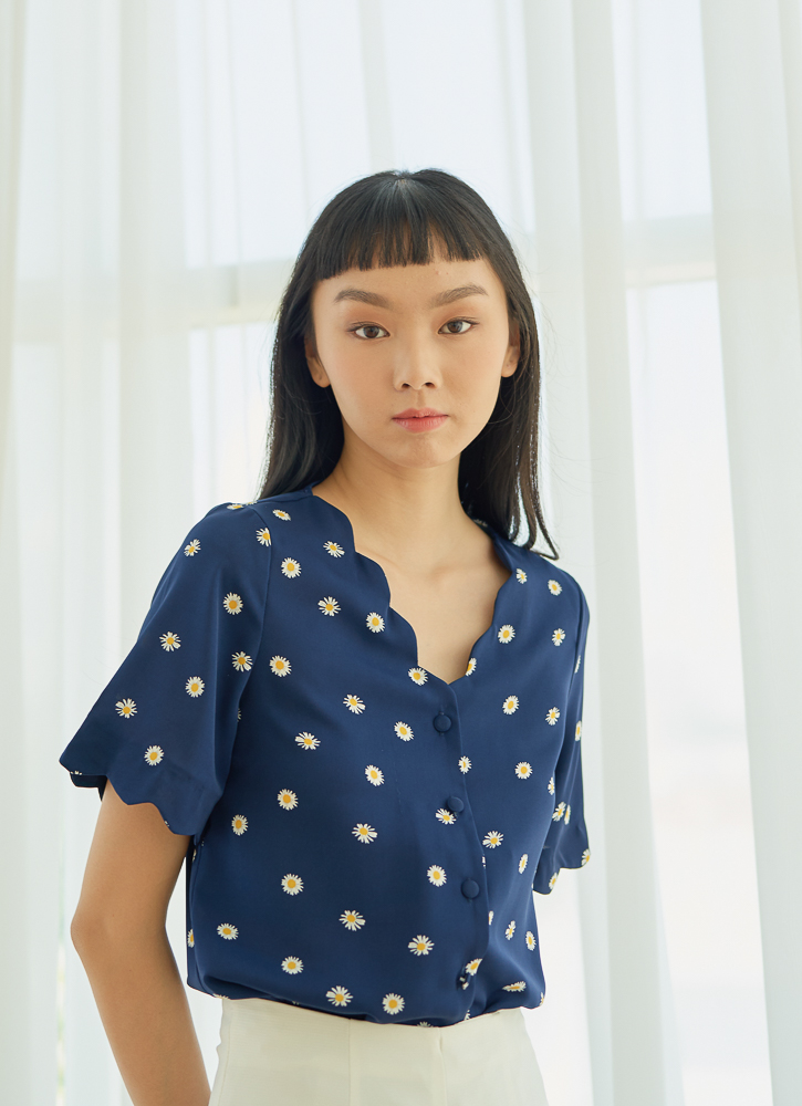 CHLOE Scallop Top in Daisy, By LVG