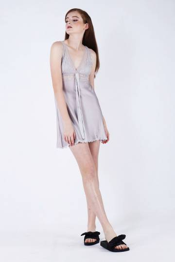 Kameko V nightgown in Grey