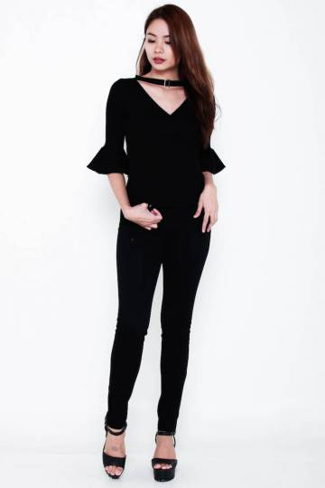 [THRIFT] Premium Kylie 2-Way Choker Bell-Sleeve Knit Top in Black