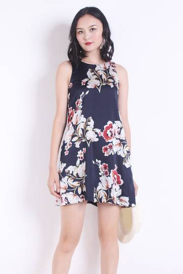 NM BASICS BERNETTE POCKETFUL TRAPEZE IN NAVY FLORAL [XS/S/M/L]