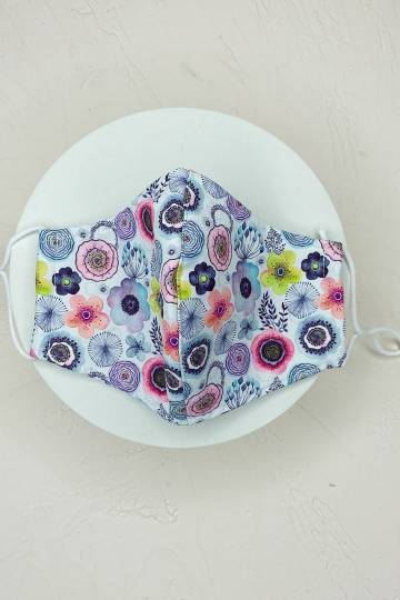 Romance Wishes Floral Mask