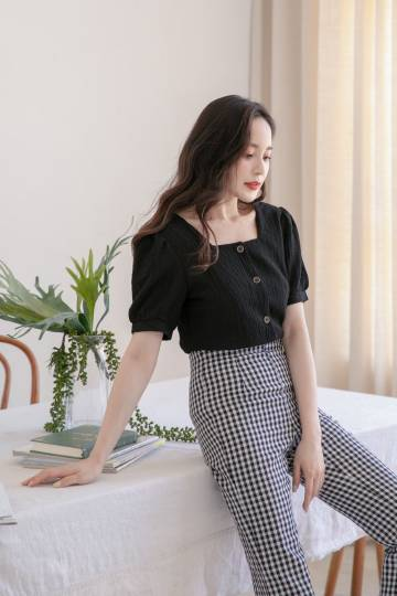 Evin Button Blouse in Black