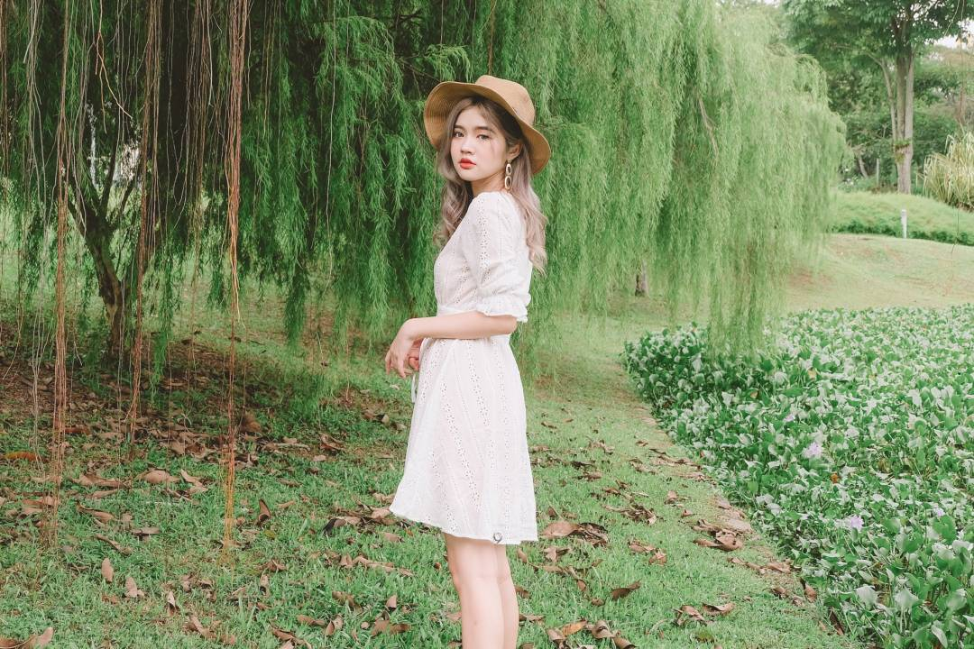 [Restocked] White Eyelet Dress