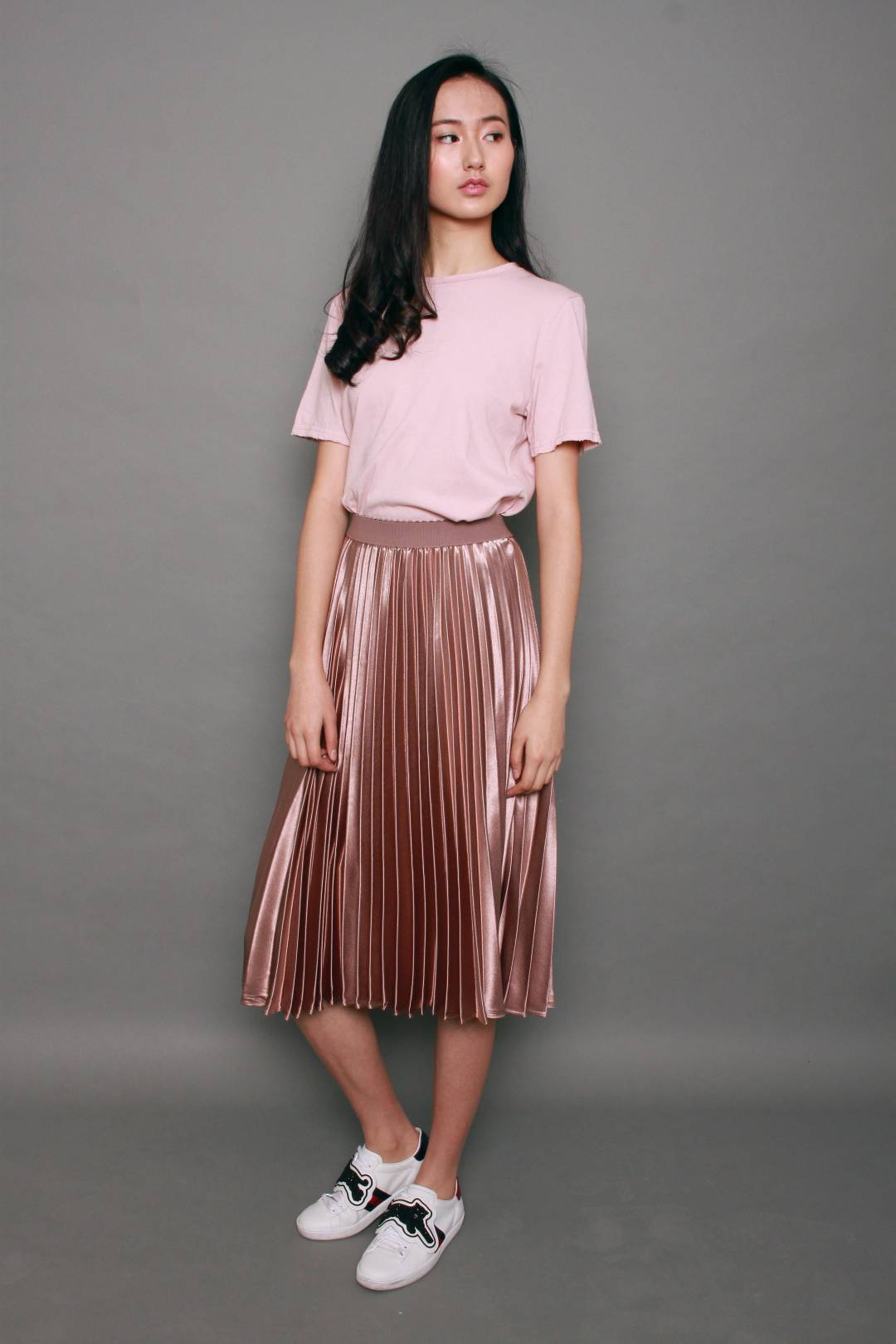 Metallic Long Pleated Skirt in Pink