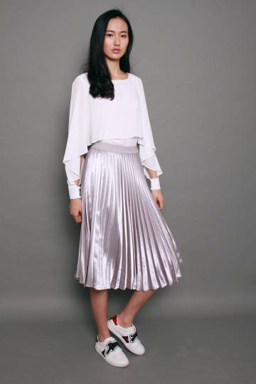 Metallic Long Pleated Skirt in Silver