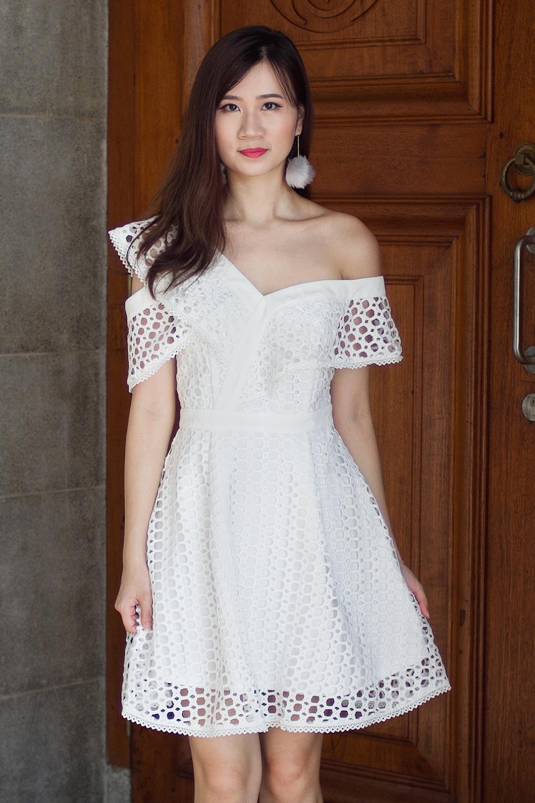 Treslle Crochet Dress (White)