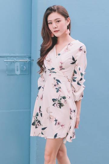 [Restocked] Floral Puff Sleeve Wrap Dress in White