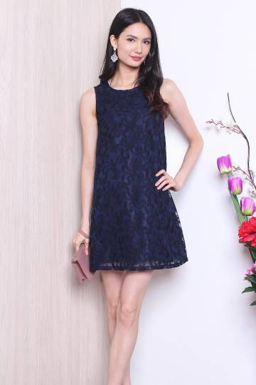 MADEBYNM MEREDITH MESH EMBROIDERY SHIFT DRESS IN NAVY BLUE [XS/S/M/L]