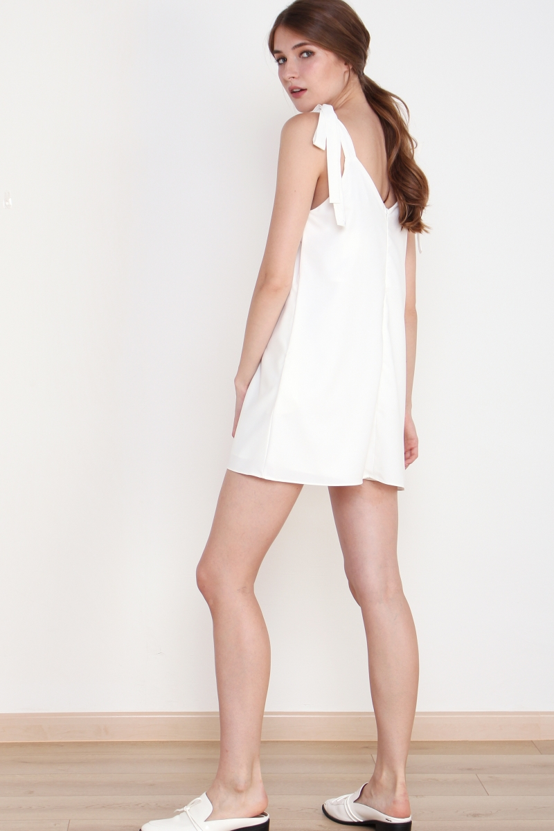 *BACKORDER* ELLA TIE SHOULDER ROMPER WHITE