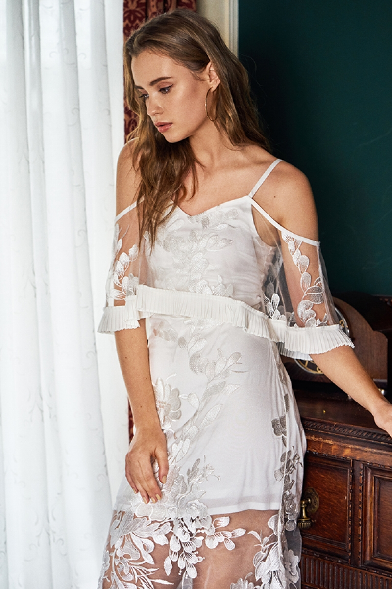 *Restock* Lune Embroidered Maxi Dress