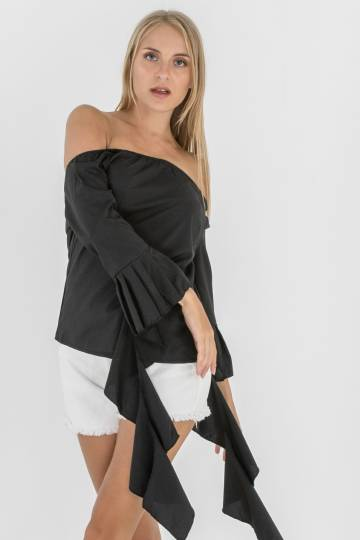 Cruso Tiered Offshoulder Top in Black