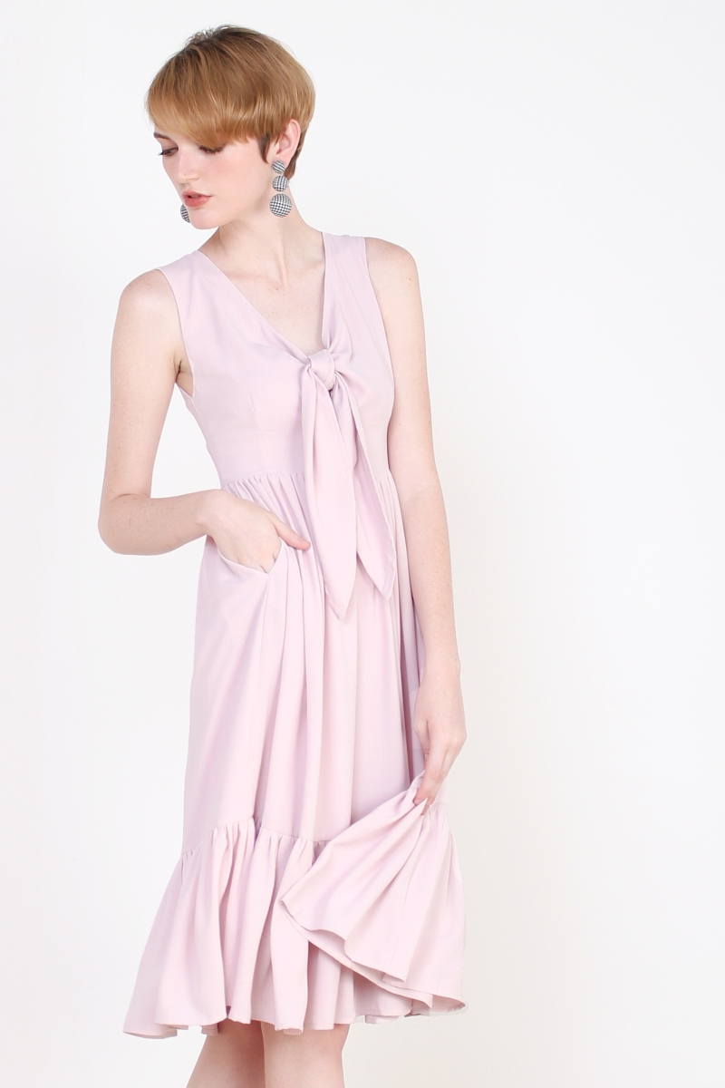 MEAGEN TIE FRONT MIDI DRESS PINK