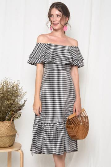 Retrolicious Ruffles Gingham Midi Dress