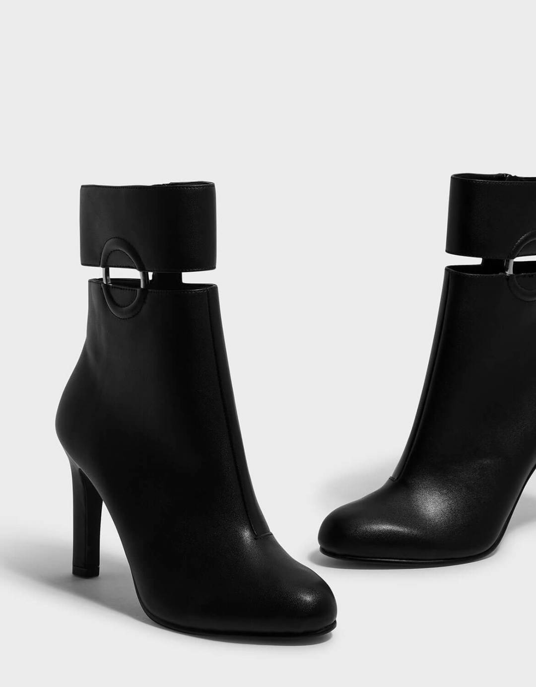 Ring Detail Calf Boots