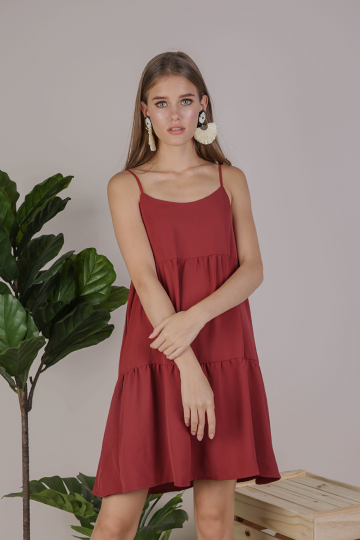 Emmy Tiered Spag Dress (Crimson)