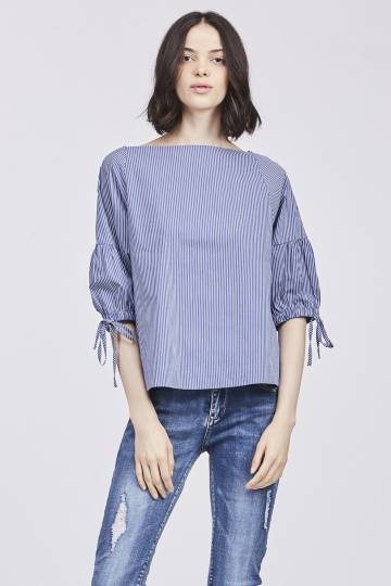 BLOUSE WITH BOWS ON SLEEVES