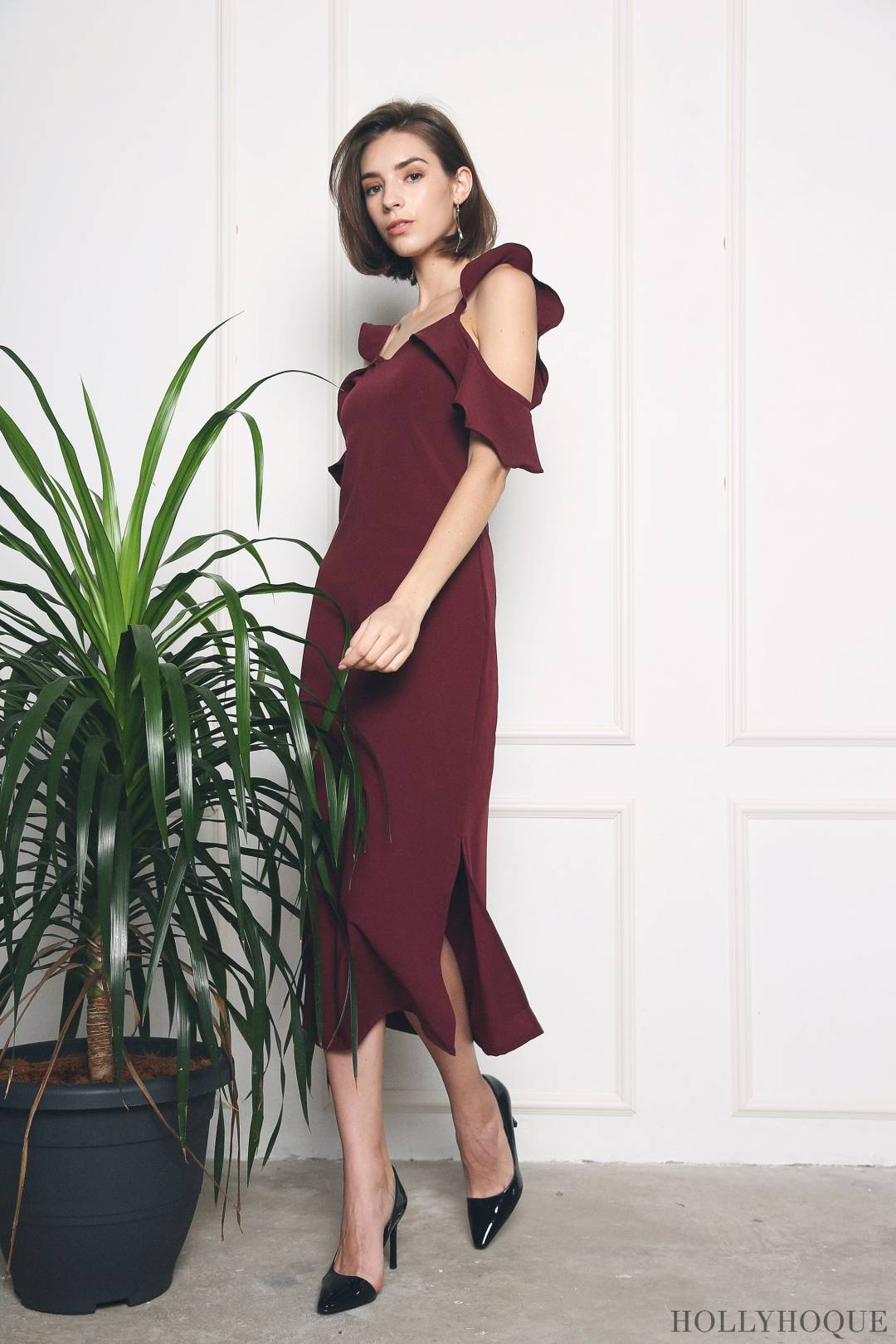 Yamy Ruffles Slit Midi Dress Burgundy