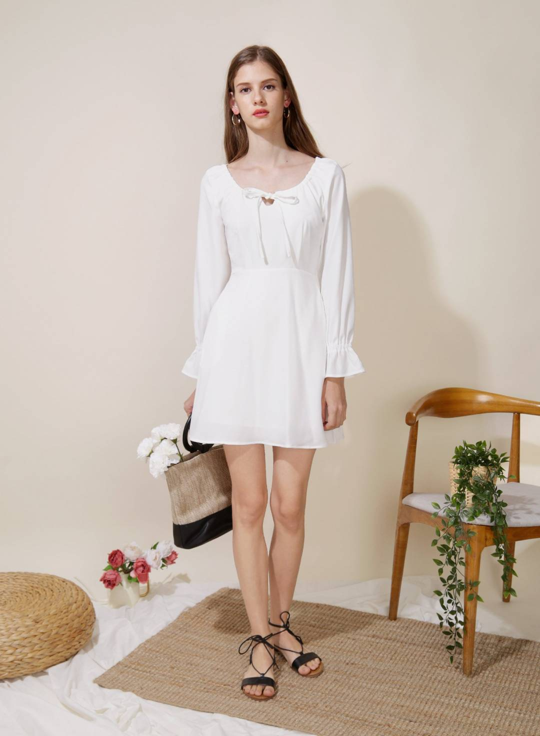 Gallery Tie Front Flared Dress (White)