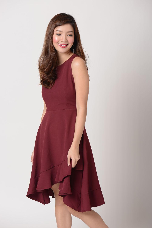 Andrea Double Hem Dress In Wine