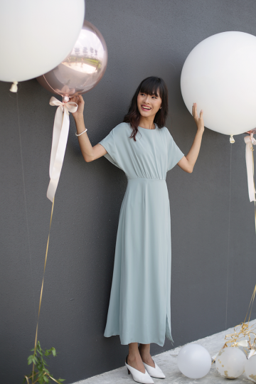 Thalia Sleeved Maxi Dress (Dusty Seafoam)