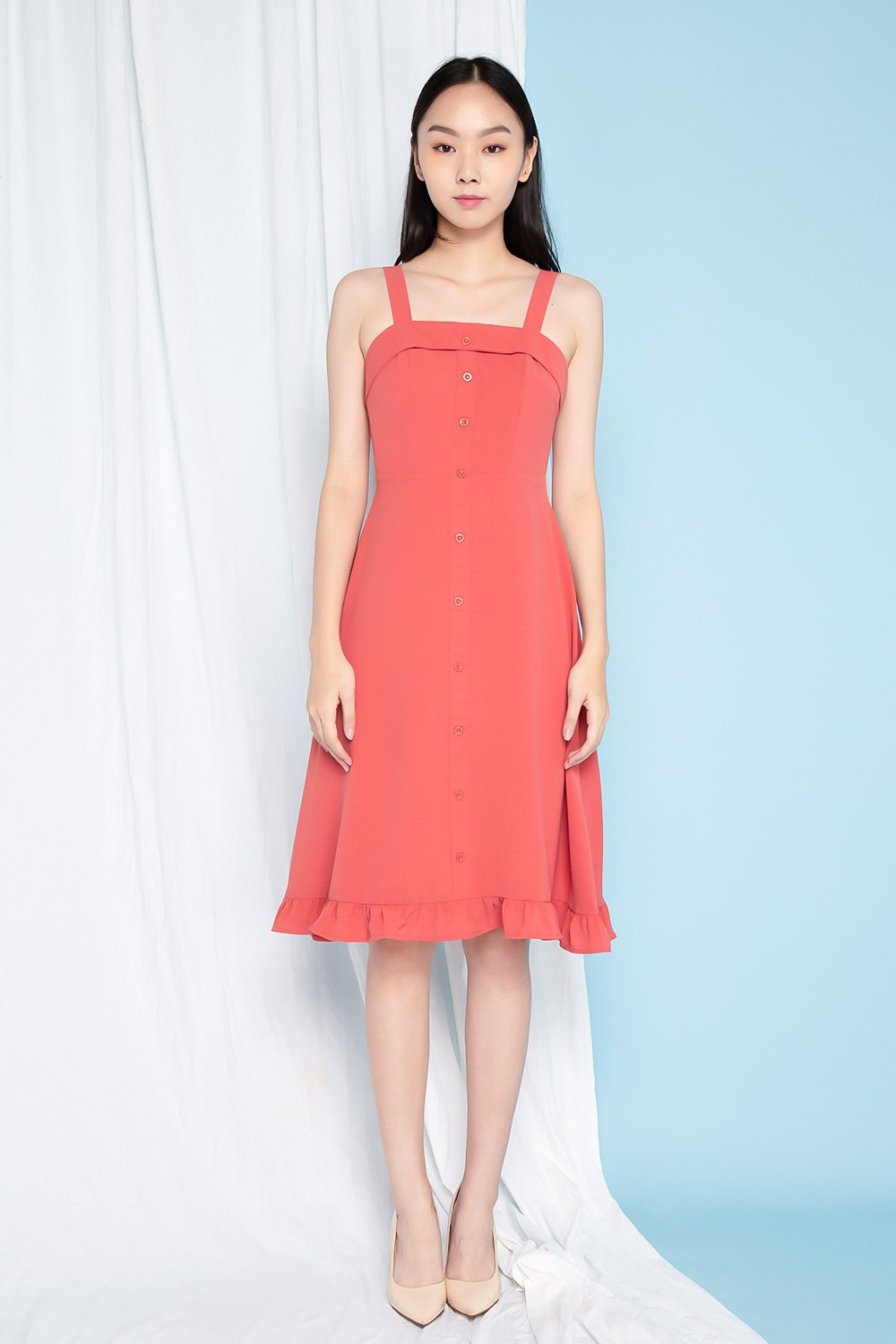 NOLA TEA ROSE RUFFLE HEM BUTTON MIDI