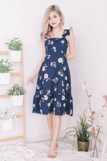 Cais Floral Midi Dress in Navy