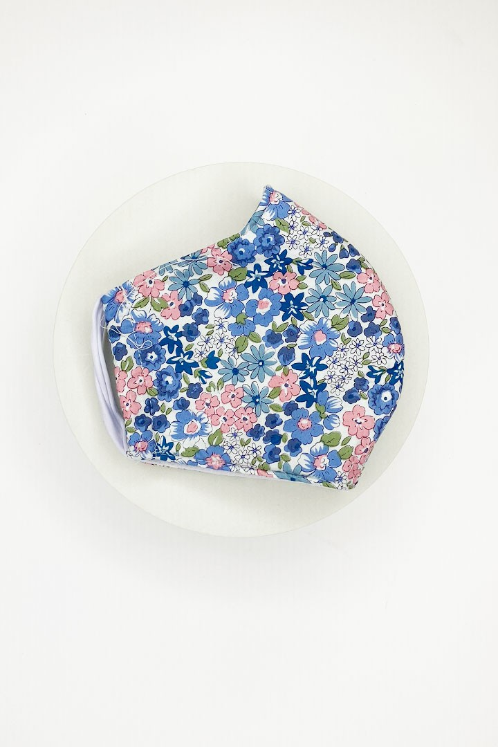 Calla Lily Floral Mask