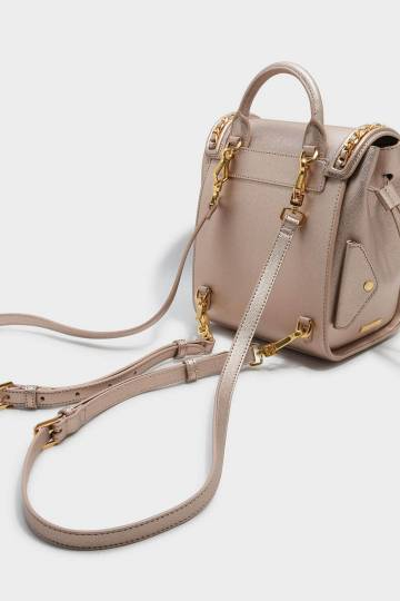 Chain Detail Push-Lock Shoulder Bag
