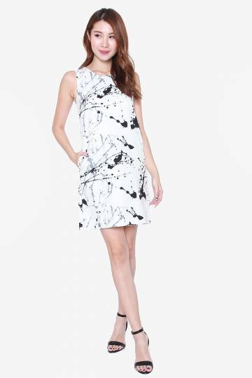 SIERRA STARBURST PRINTED DRESS (BLACK/GREY)