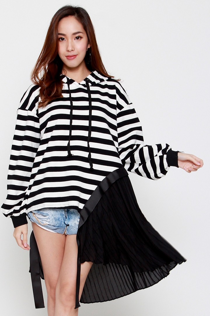 Carnaby Hoodie Top in Black White