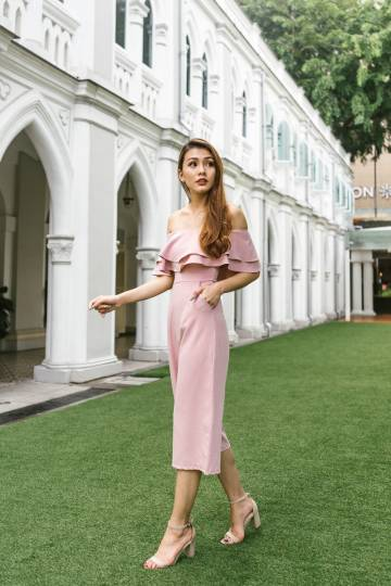 Aira Off-Shoulder Jumpsuit in Blush