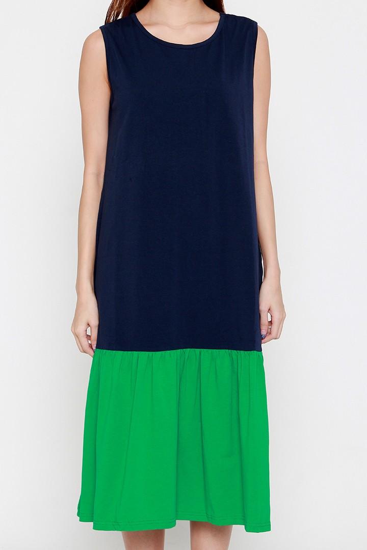Lorelei Dress in Green