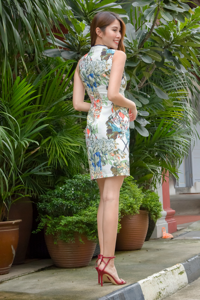 BLOOMING BRILLIANCE CHEONGSAM DRESS (WHITE)