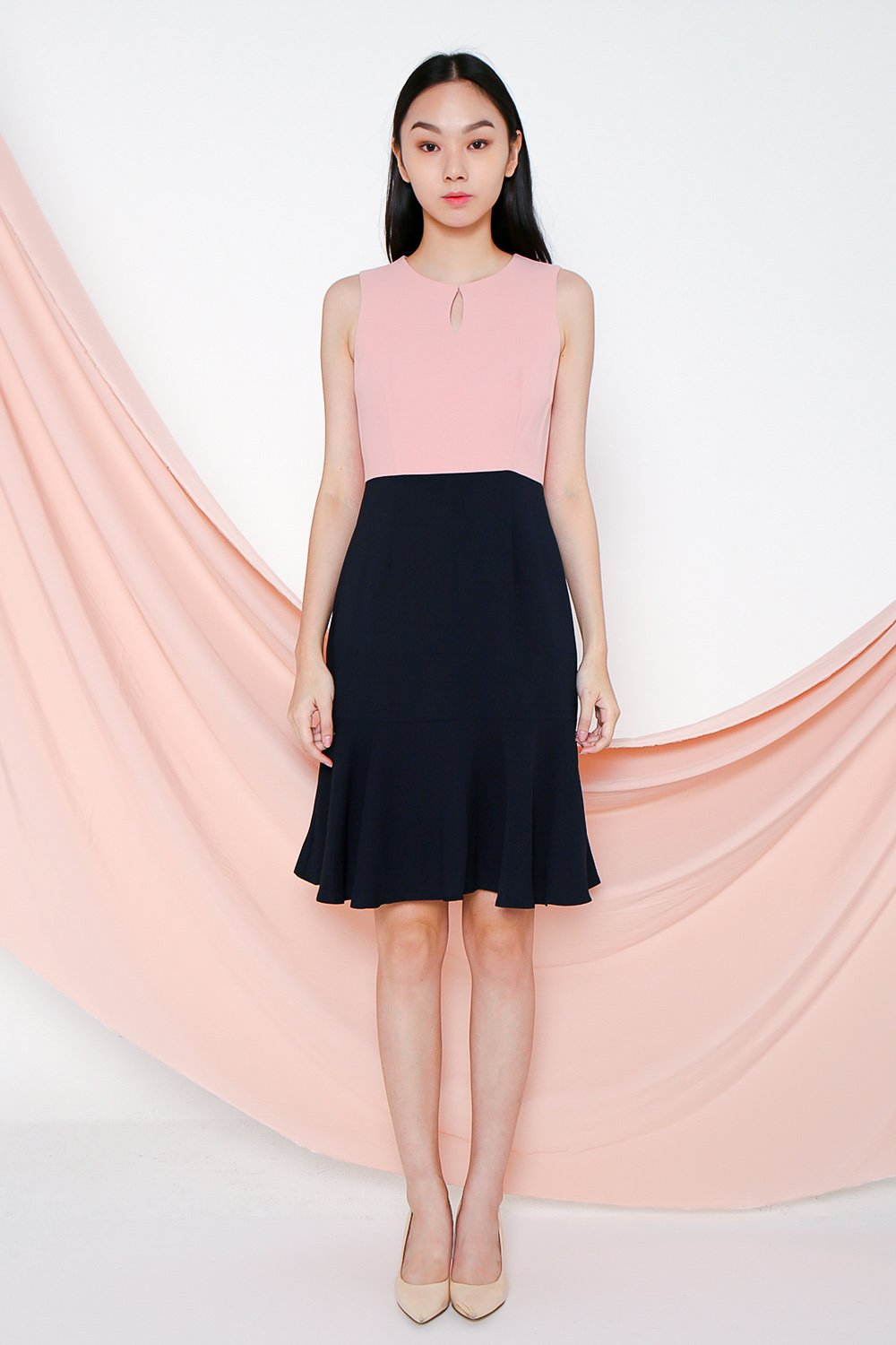 VEDA PINK/NAVY KEYHOLE DRESS