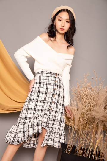 Hannah Ruffle Hem Check Skirt in White