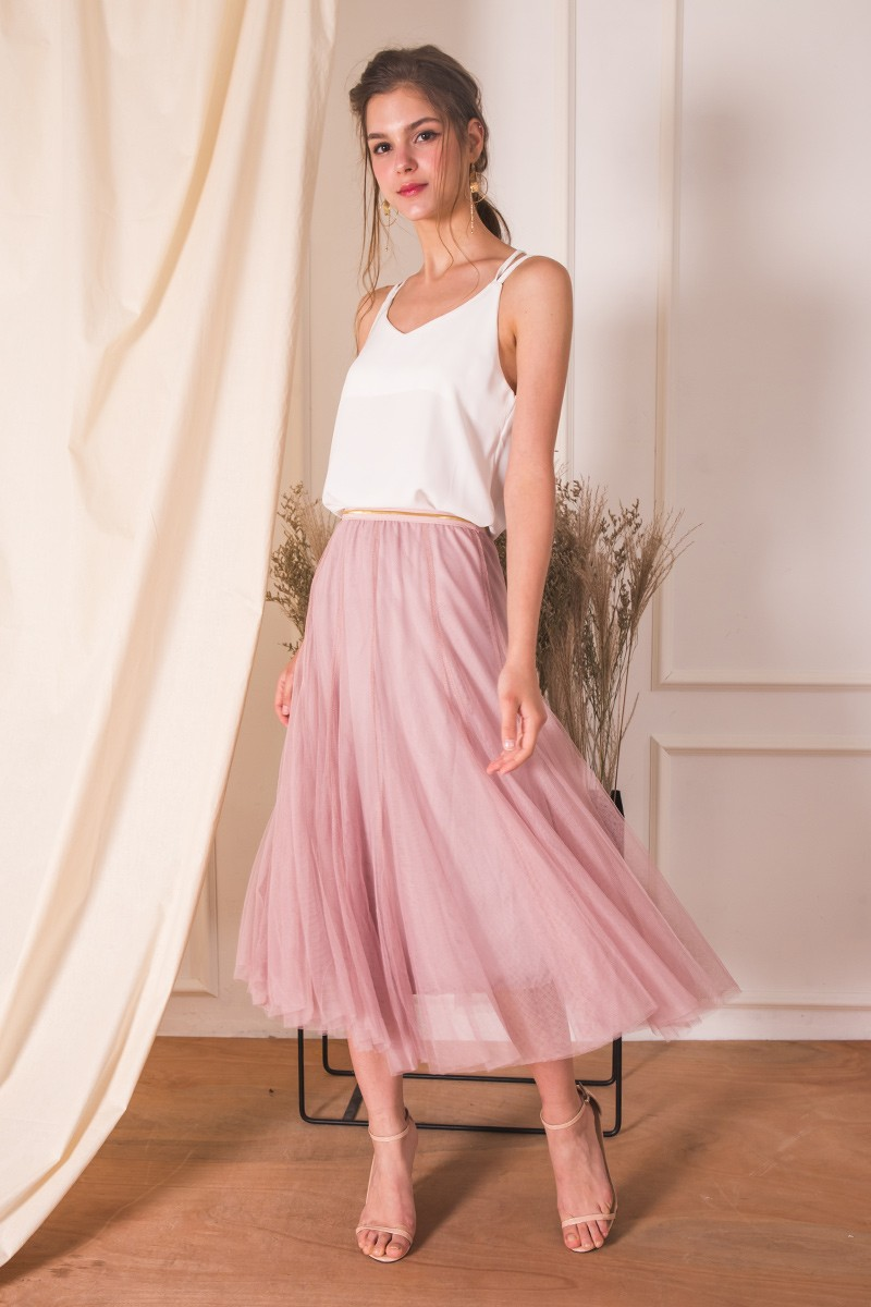(BACK IN STOCK) Naevia Tulle Skirt in Mauve