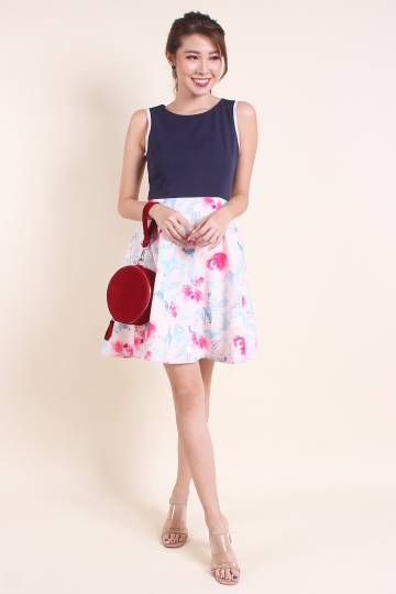 MADEBYNM BAI HE PIPED WATERFLORAL FIT-N-FLARE DRESS IN NAVY/PINK [XS/S/M/L/XL]