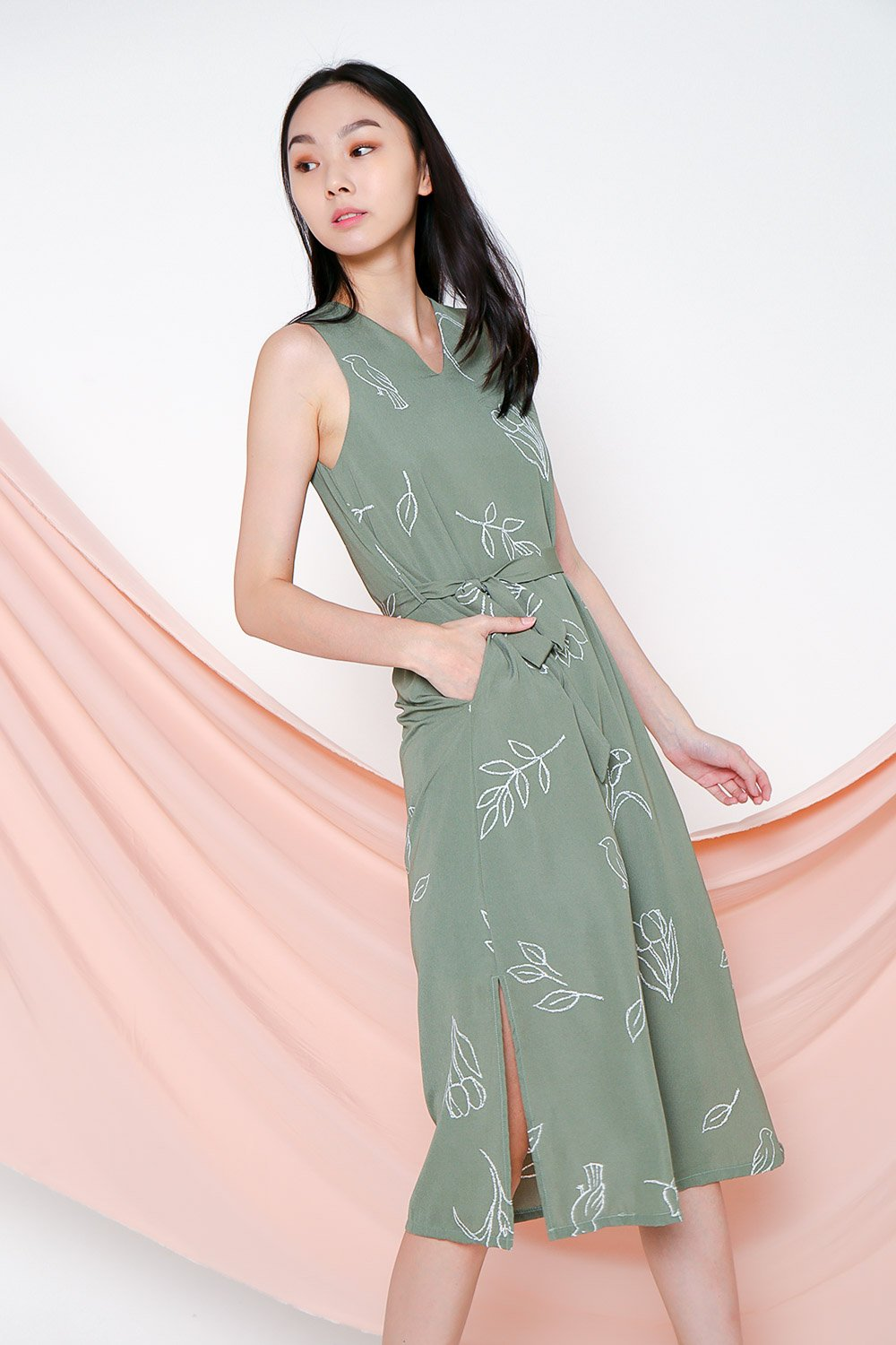 *BACKORDER* PARKER SAGE MIDI DRESS