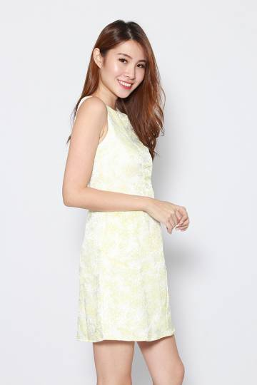 SILVIA FLORAL EMBOSSED DRESS (PALE YELLOW)