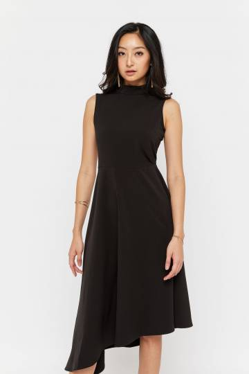 Qunette High Neck Dress