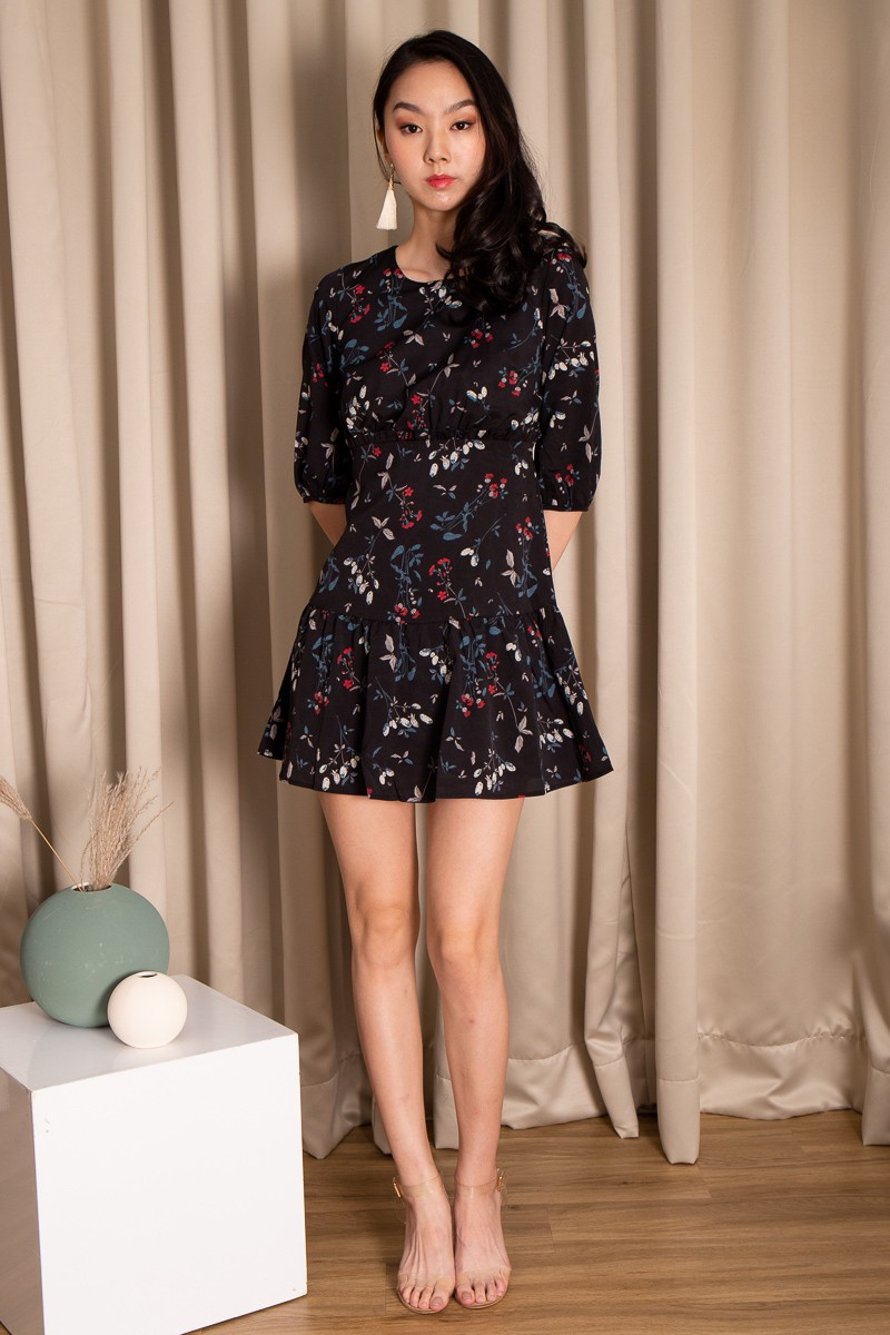 Tety Pouf Sleeve Floral Dress in Black