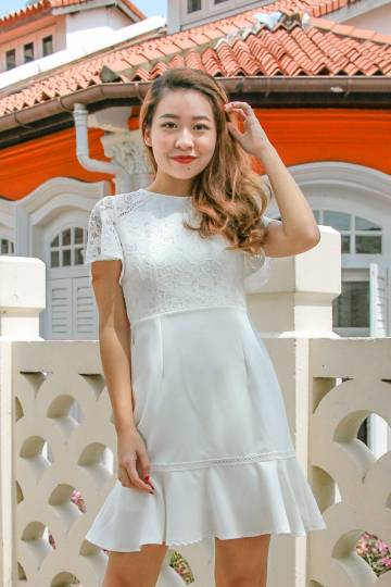 Dee Lace Dress (White)