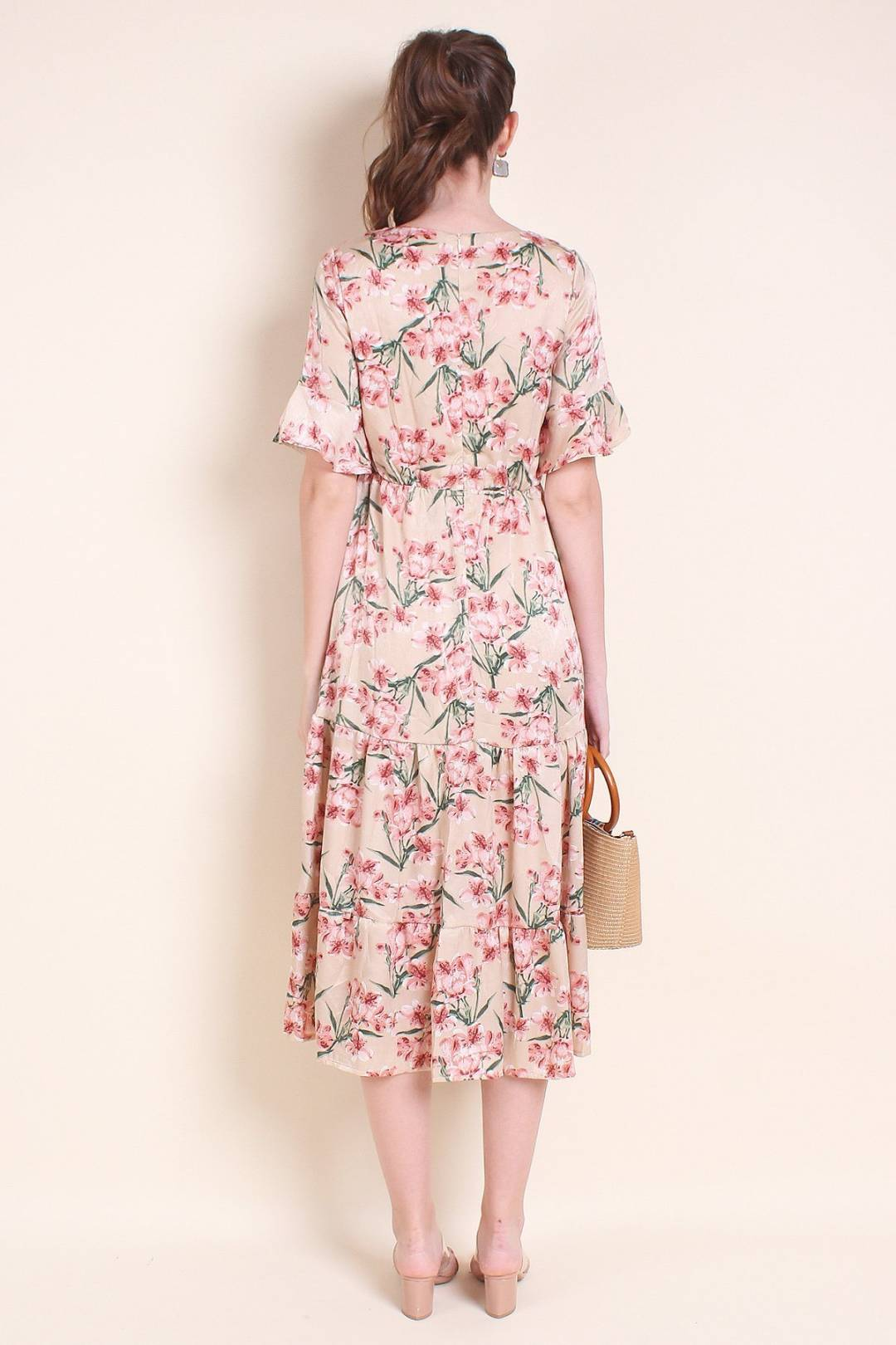 MADEBYNM LORISSA VINTAGE FLUTED SLEEVES MAXI IN BEIGE FLORAL [XS/S/M/L]