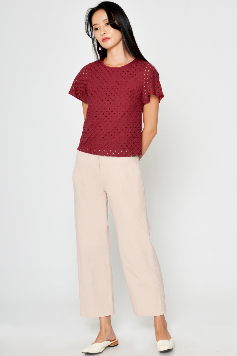 ROCCO EYELET TOP RED