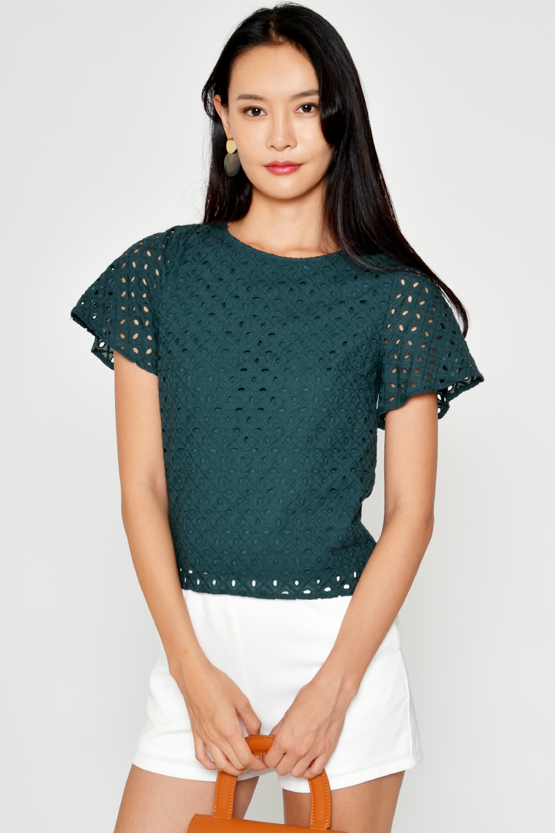 ROCCO EYELET TOP GREEN
