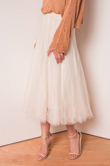 (BACK IN STOCK) Naevia Tulle Skirt in Ivory