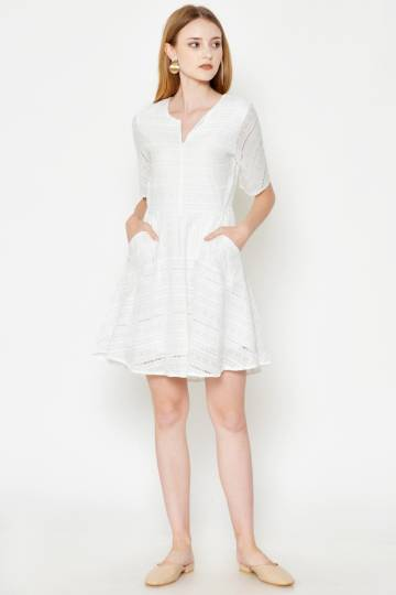 LENNON CROCHET FLARE DRESS WHITE