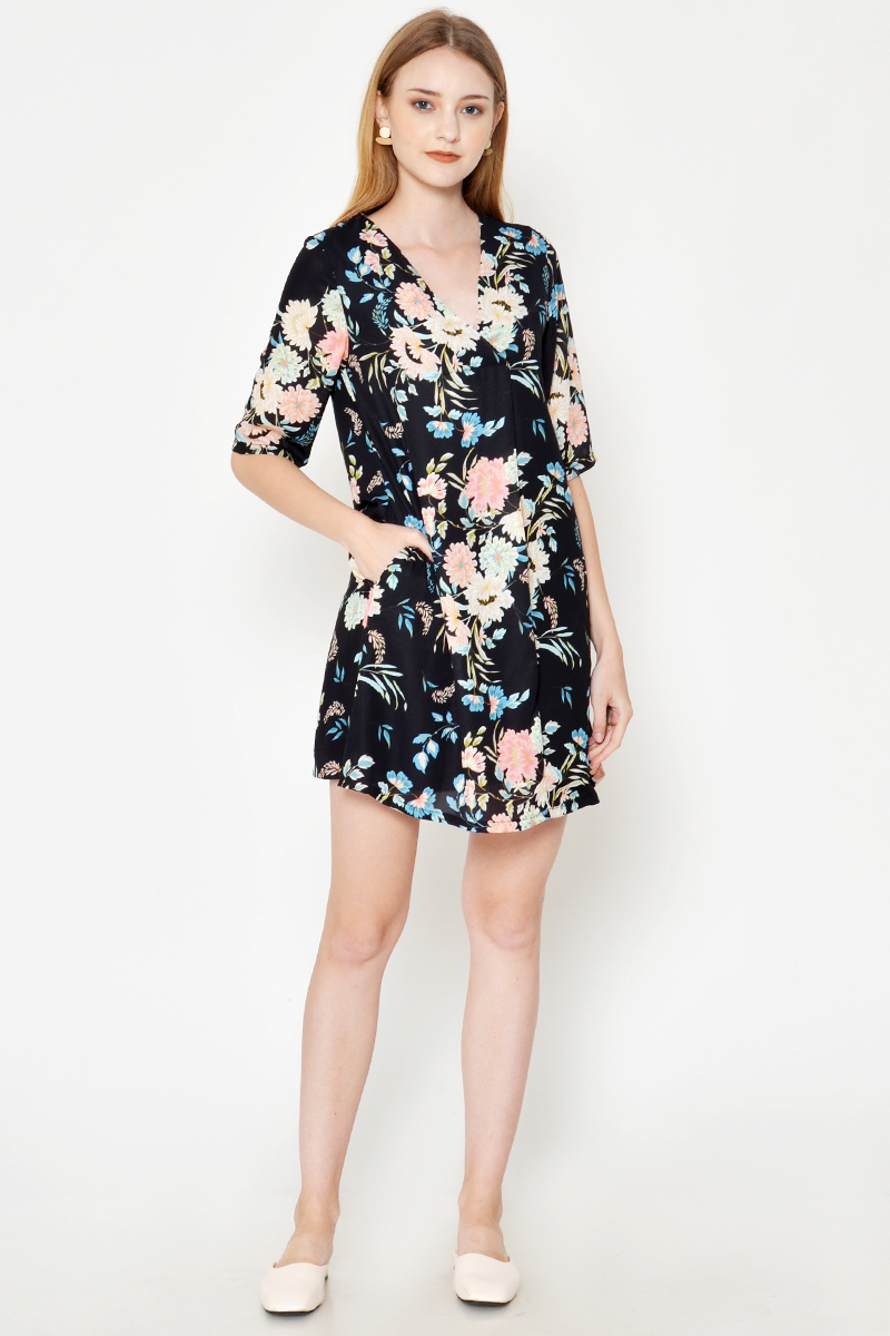 KORINA FLORAL FLARE DRESS BLACK